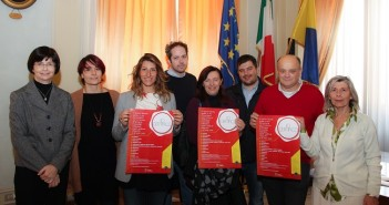Anagrafe smart a Modena, certificati in edicola
